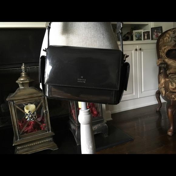 Gucci Handbags - Gucci purse ( 001-3278-000926 )